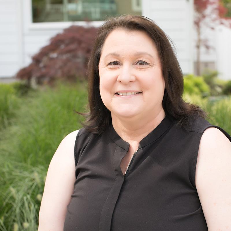 Cynthia is an esthetician at Ombu Salon + Spa in Edmonds, Washington