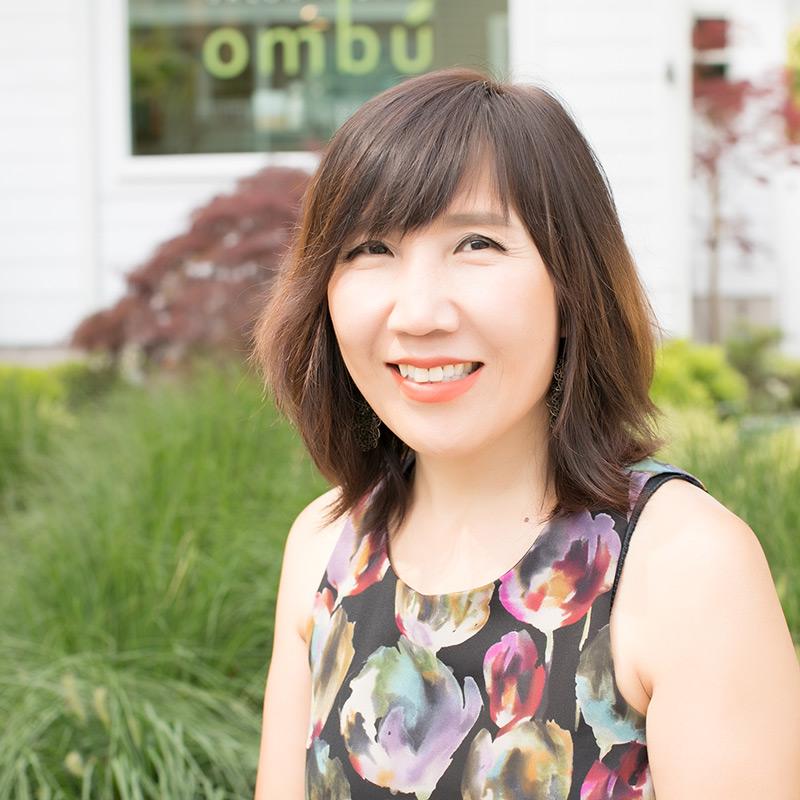 Minwon is a stylist at Ombu Salon + Spa in Edmonds, Washington